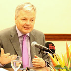 Belgian Foreign Affairs Minister Didier Reynders Addressing the Media in DRC in August 2013.
